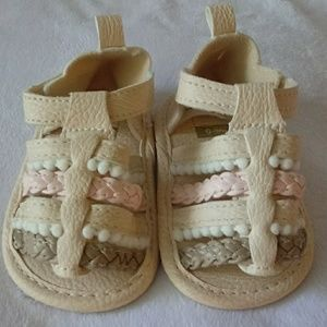Carter's Infant Girl Size 0-3m Shoes